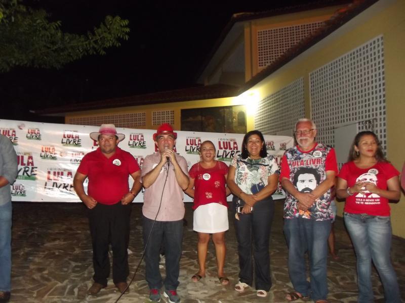 Caravana 'Lula Livre Piauí' passou por Cabeceiras nesta sexta-feira