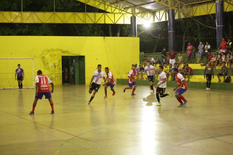 Quinze equipes iniciam disputa pela série B do Campeonato Altoense de Futsal
