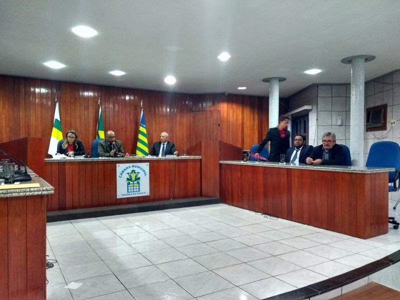 Vereadora Íris Moreira apresenta lista confusa e deixa a população de Valença envergonhada