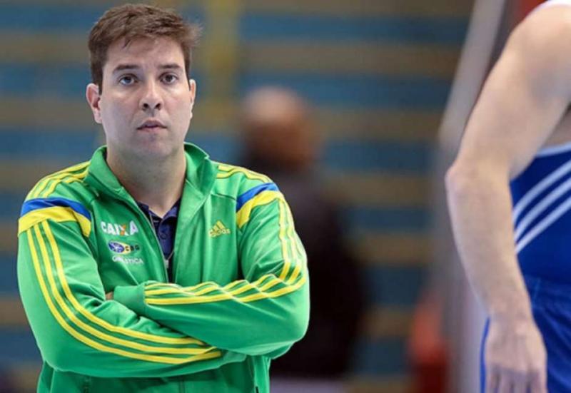 Ex-técnico da Seleção é acusado de assediar atletas:'A gente precisava mostrar o pênis'