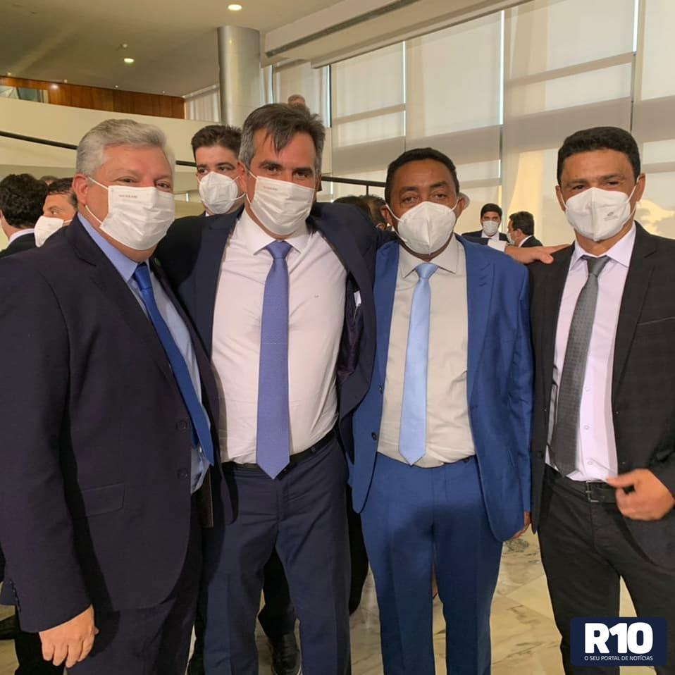 Prefeito Josué Alves, participa de solenidade de posse de Ciro Nogueira