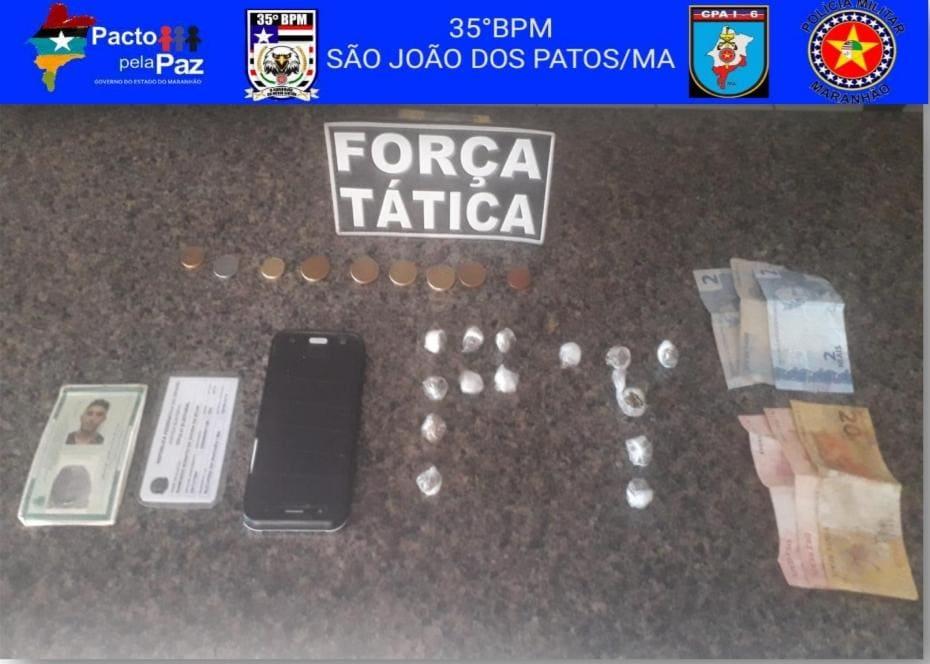 Dupla é presa por tráfico de droga na cidade de São João dos Patos