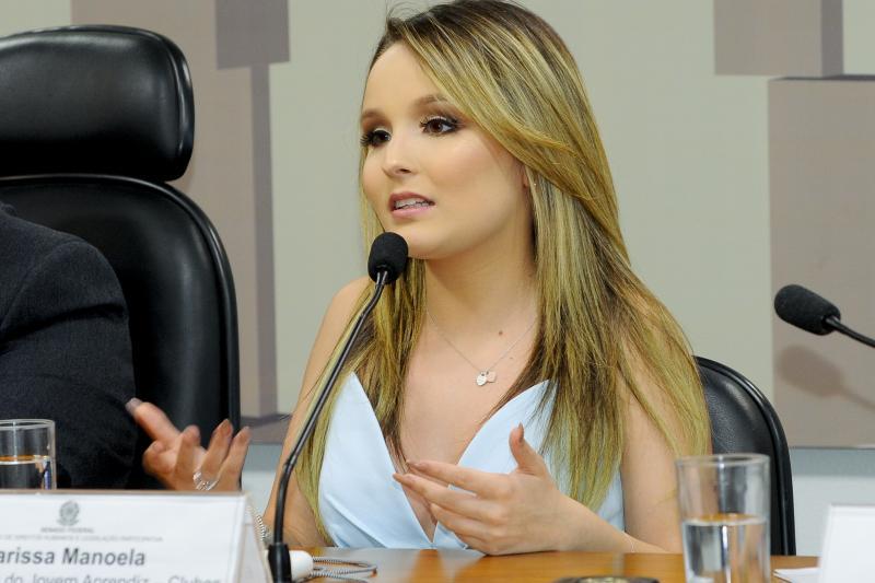 Globo está disposta a pagar multa milionária para tirar Larissa Manoela do SBT