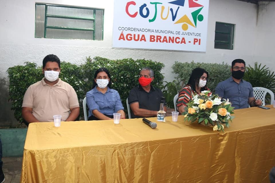 Marinalva Chaves participa da aula inaugural de cursos para Jovens em Água Branca