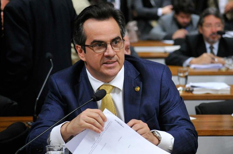 Ciro Nogueira solicita devolução de dinheiro apreendido pela Polícia Federal