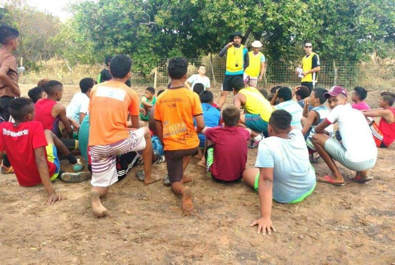 Igreja Colhendo para Cristo desenvolve trabalho Social com  adolescentes de São Gonçalo do Gurguéia