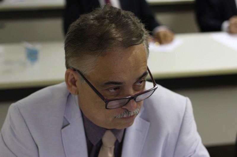Robert Rios desafia Wellington a mostrar obra feita com dinheiro de empréstimo