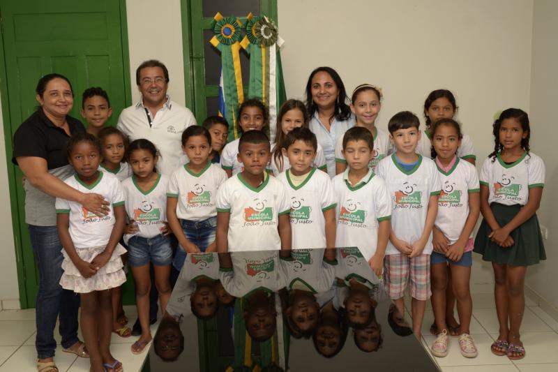 Alunos de Água Branca conquistam 13 medalhas em competição internacional de matemática