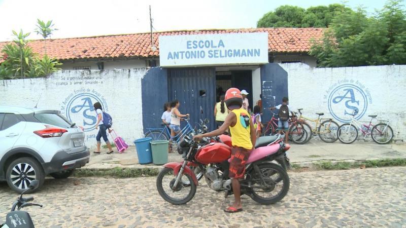 Crianças ficam sem merenda e escola dispensa alunos no Piauí