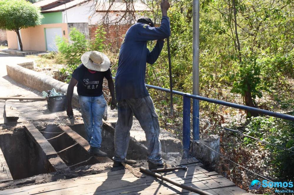 Prefeitura de Amarante inicia reforma completa da ponte no bairro Areias