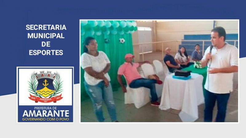 Prefeitura de Amarante se reúne com pais de crianças da escolinha de futsal e handebol