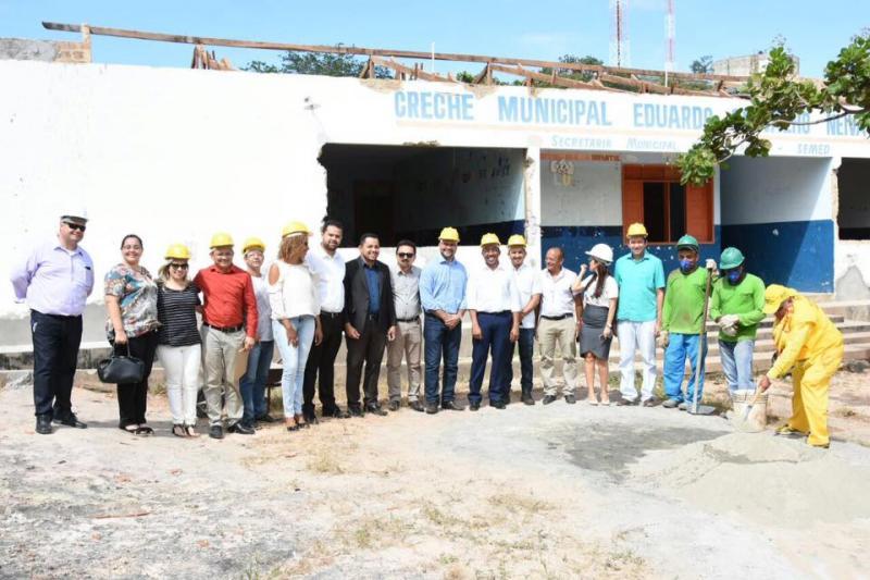 Joel visita obras de reforma e ampliação da Creche Municipal Eduardo Neiva