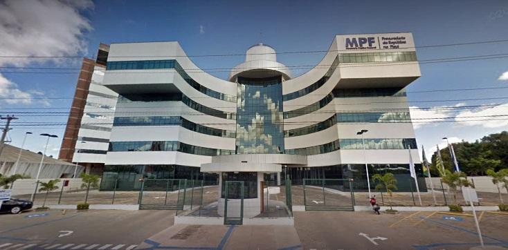 MPF-PI quer que ex-secretários devolvam R$ 61 mi aos cofres públicos
