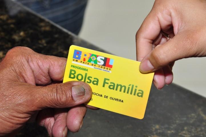 Bolsa Família: 392 mil famílias terão benefício cortado no país