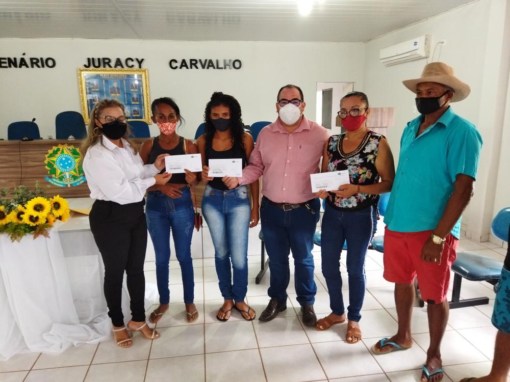 Prefeitura de Gilbués inicia a entrega de cartões Sasc Emergencial