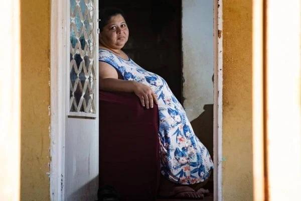 Piauiense com 240kg pede ajuda para emagrecer: 'Não dá mais para viver assim'
