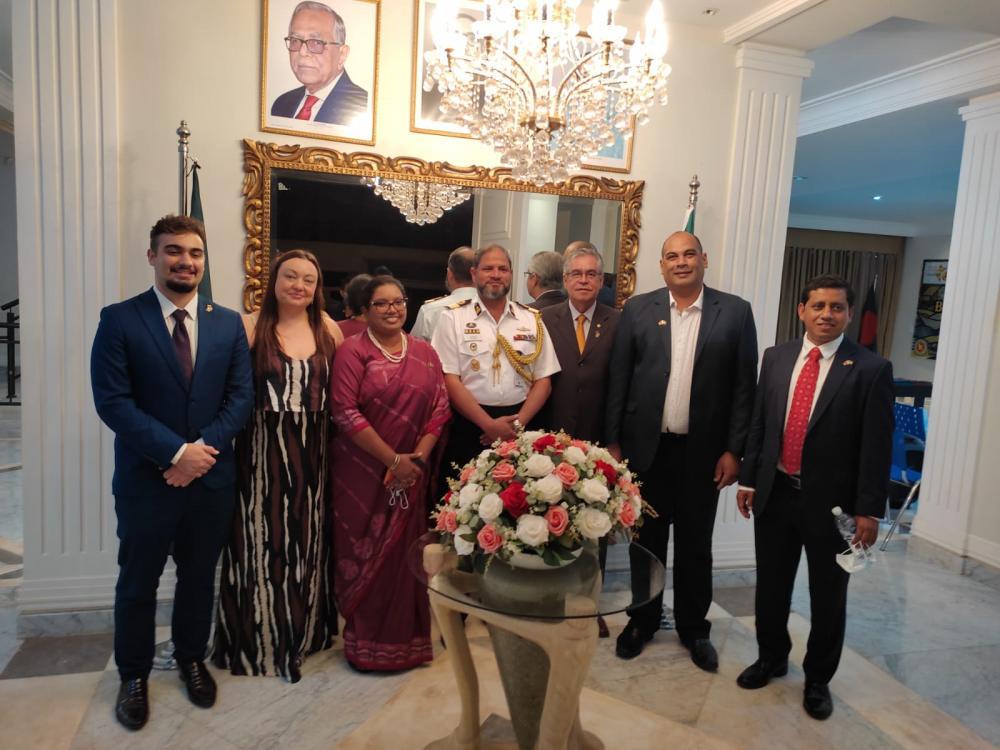 Embaixada de Bangladesh comemora os 50 anos de Independência do país em jantar...