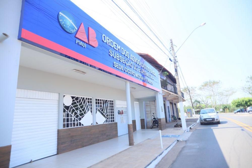 Primeira Sede da Subseção da OAB em Esperantina é inaugurada em noite histórica