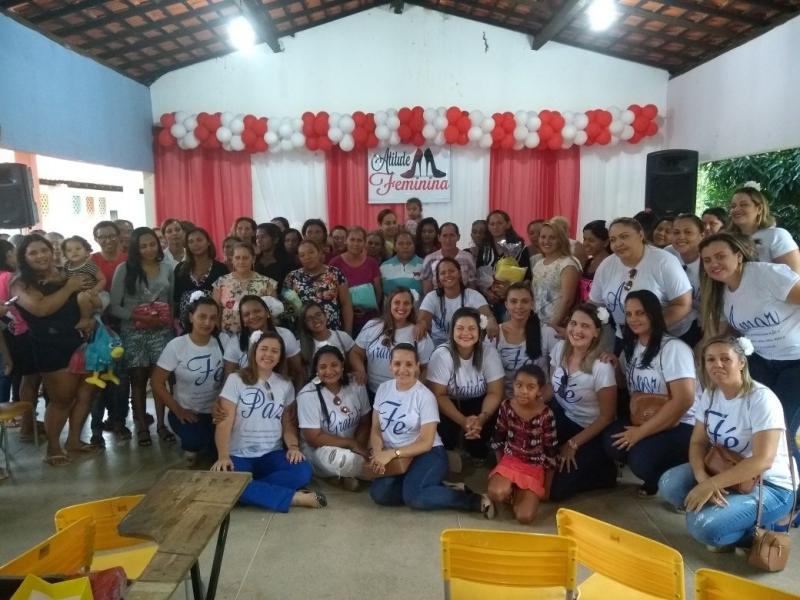 Grupo de mulheres Atitude Feminina realiza ação social na localidade ponta d'água em Valença-PI