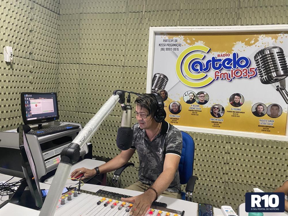 Forró Mix Sertanejo é sucesso nas tardes da rádio Castelo FM 103,5