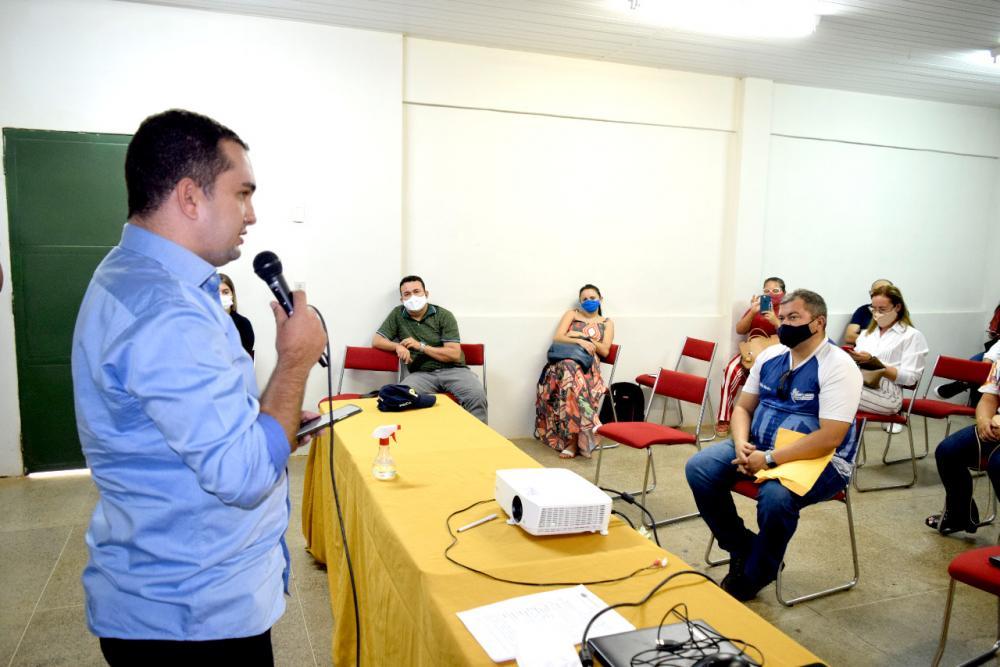 Prefeito assina decreto municipal de prevenção de acidentes e segurança no trânsito