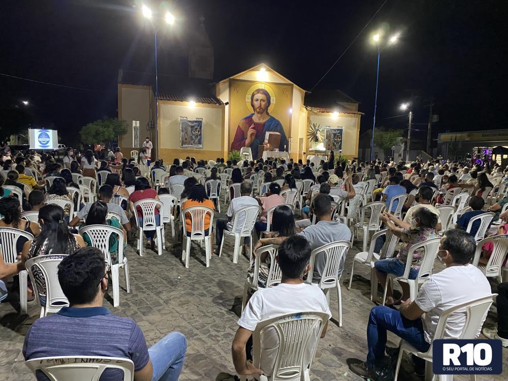 Festejos de São Miguel Arcanjo: veja como foi a segunda noite de novena