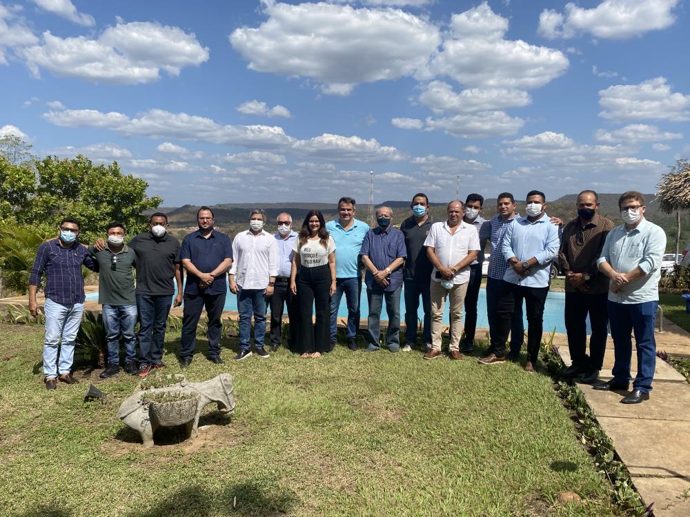 Comitiva de Pau d'Arco participa de inauguração de Academia em Miguel Leão
