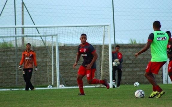 Com gol aos 50, Sampaio é derrotado pelo CRB na Série B