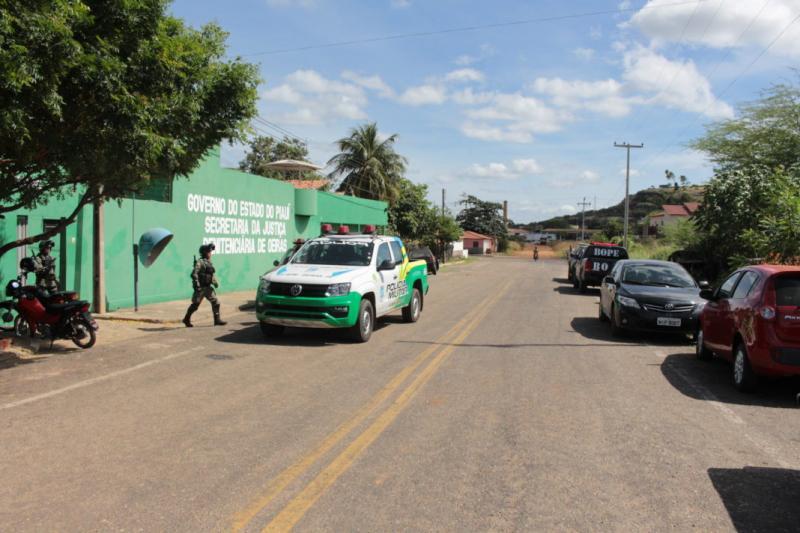 Detentos causam tumulto ao tentar fugir de penitenciária no Piauí
