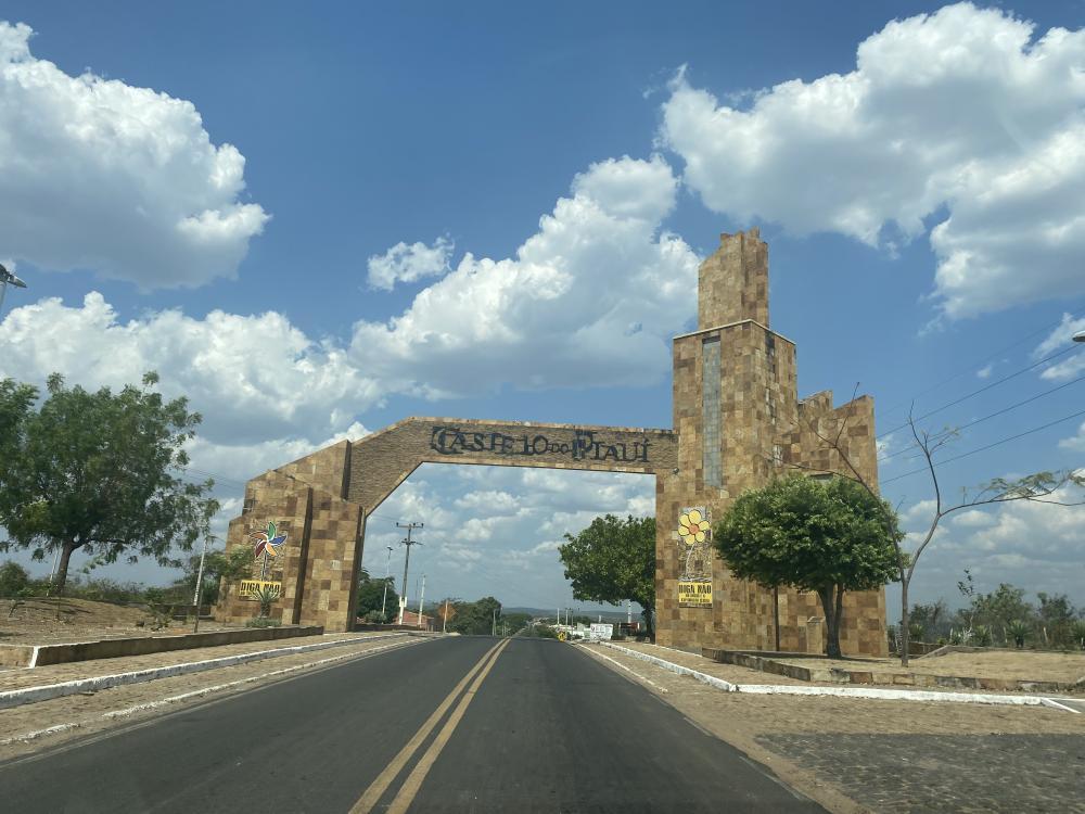 Entrada de Castelo do Piauí