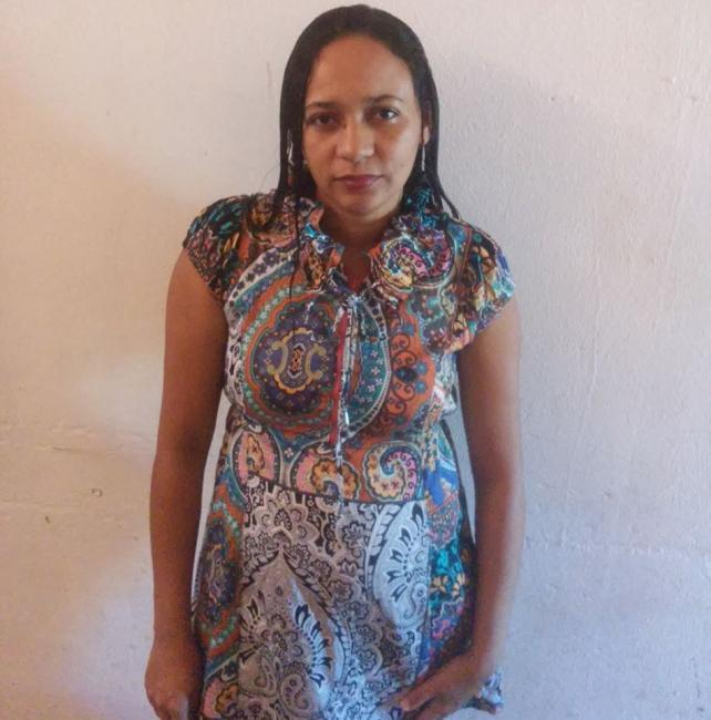 Familiares se despedem de Nilzete Moura na cidade de Gilbués Piauí