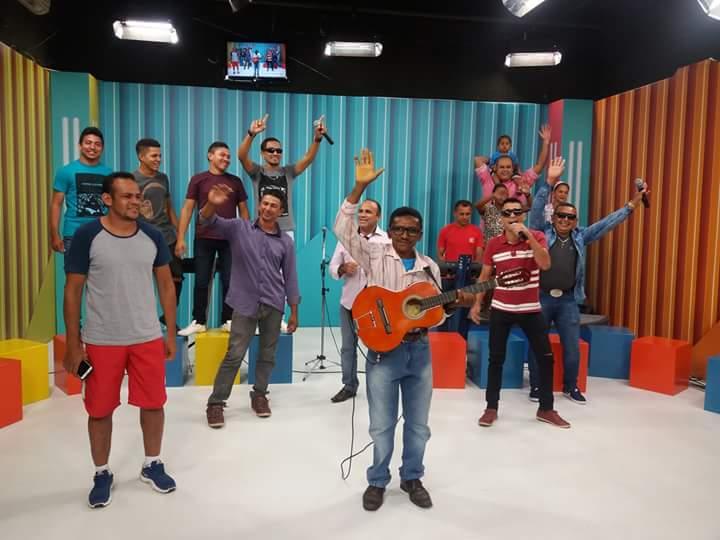 Banda Farra dos Plays participa do programa Cidade Viva, na TV Cidade Verde