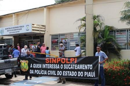 Sem negociação, greve da Polícia Civil do PI já dura 37 dias