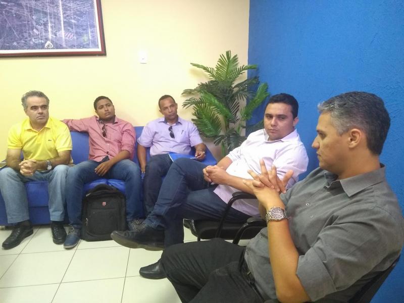Prefeitura de Floriano disponibiliza aporte financeiro para a Associação Atlética Corisabbá