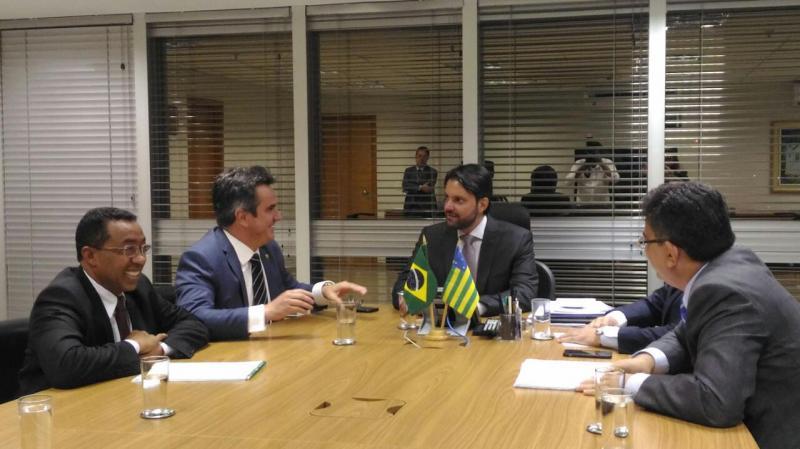 Prefeito Joel busca recursos junto ao Ministério das Cidades para revitalização do Cais da Beira-rio