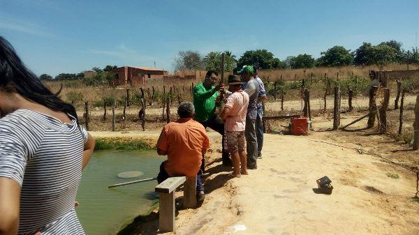 Colônia do Gurguéia-PI: aula prática no curso de piscicultura