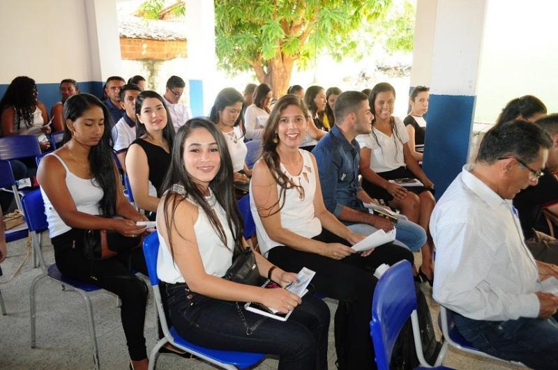 Seminário para estudantes de administração é realizado em Avelino Lopes