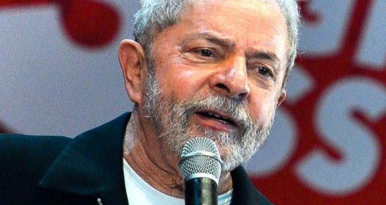 Supremo recebe novo recurso da defesa para Lula ser solto