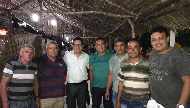 Deputado Zé Santana participa dos festejos em Boqueirão do Piauí