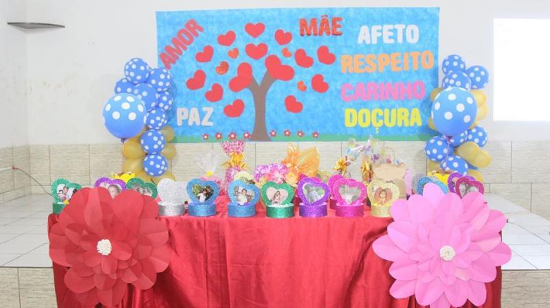 """Escola Primavera Anexo realiza Chá das """"5"""" e homenageia mães dos alunos"""