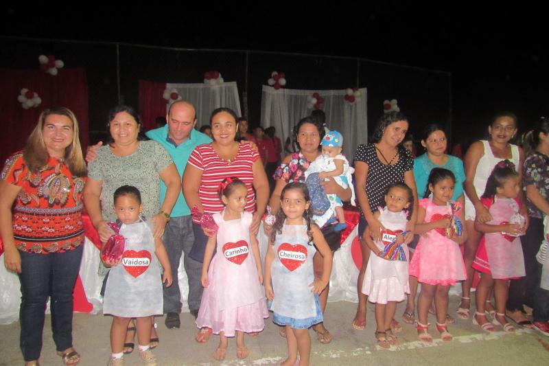 Prefeitura realizou festas em homenagens as mães, em São João do Arraial