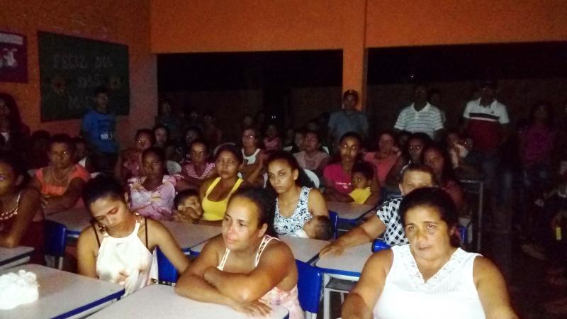 Escola Municipal Santa Fé realiza festa para as mães e conta com o apoio da comunidade