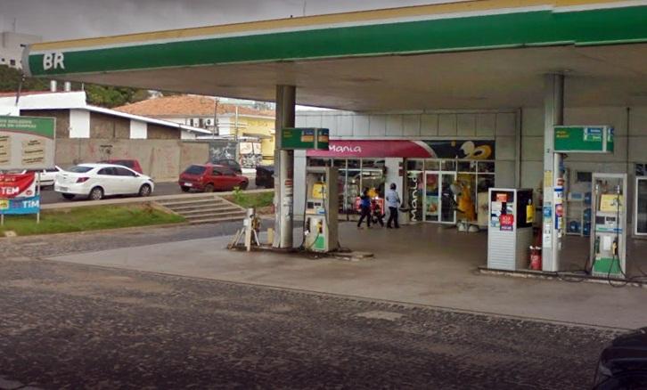 Preço da gasolina volta a subir e chega a R$ 4,65 no Piauí