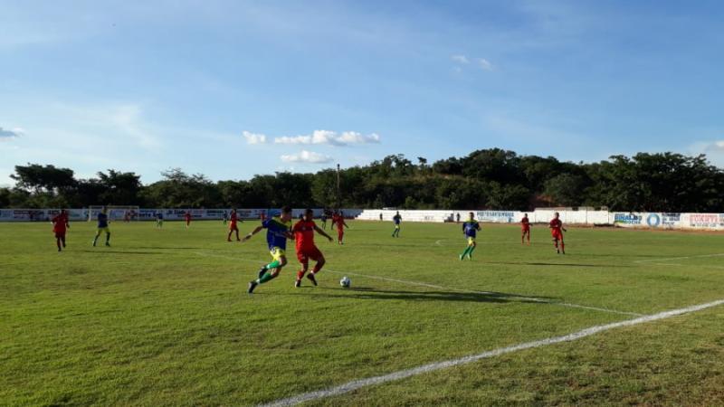 Seleção de Landri Sales empata no jogo de estreia da 1ª Copa Regional de Futebol do Gurgueia