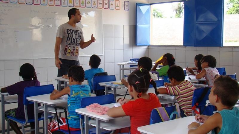 Prefeitura convoca professores aprovados em seletivo