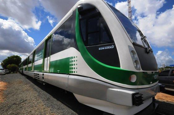 Primeiro VLT para metrô de Teresina chega nesta segunda