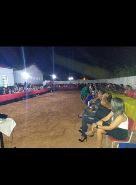 Escolas da sede de São Gonçalo do Gurguéia realiza festa das mães