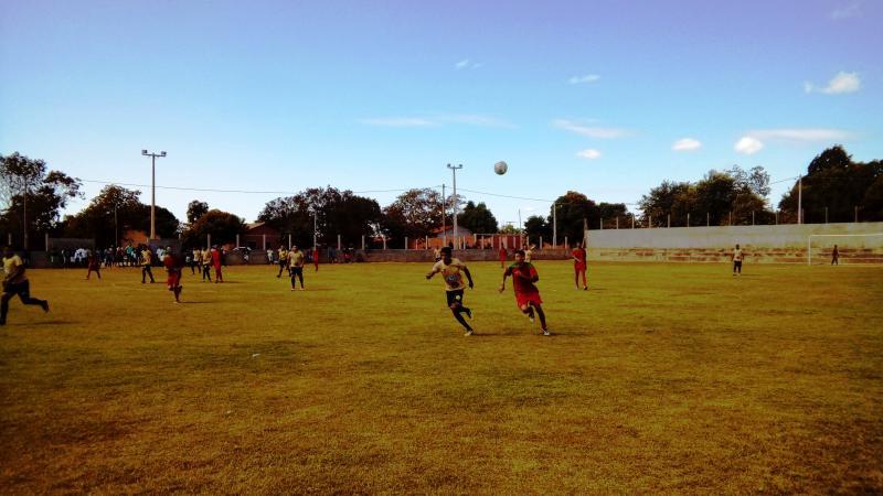 Equipe Apollo Futebol Clube, representando Santa Filomena no aniversário de Alto Parnaíba.
