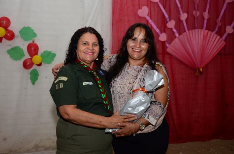 G.E. Erivaldo Sandro homenageia as mães em encontro marcante