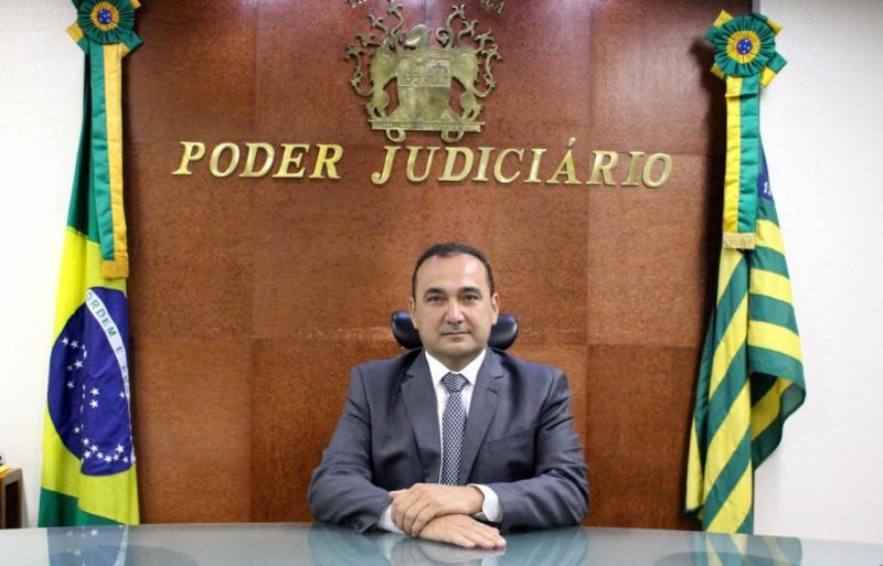 CNJ autoriza presidente do TJ-PI concorrer a mandato tampão